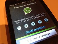 È ufficiale: WhatsApp si paga!